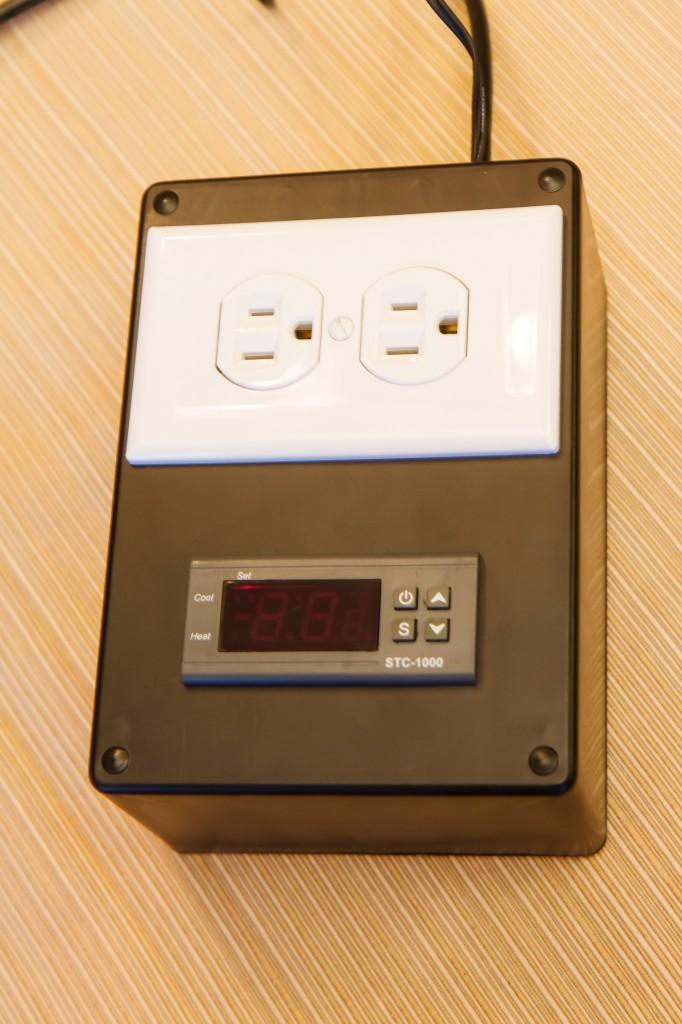 13 038 0191 682x1024 how to make a diy aquarium temperature controller